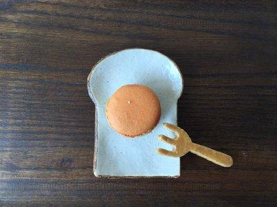 發現花園生活館- 日本製  吐司造型  點心餐盤~小土司盤