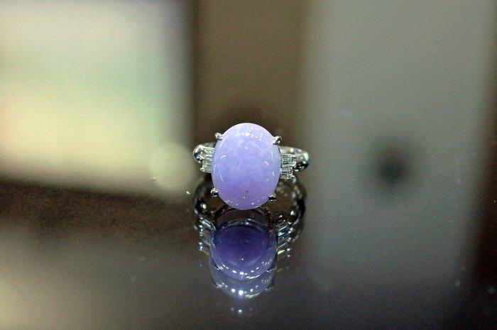 【JHT 金宏總珠寶/GIA鑽石專賣】天然紫羅蘭蛋面翡翠白金鑽戒 紫翡-10.62ct (JB24-B031)
