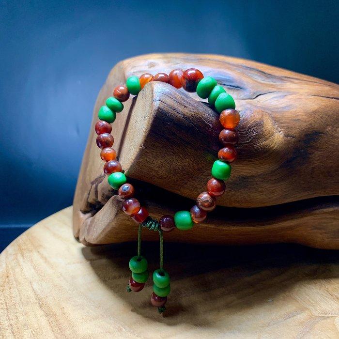 瑪瑙古珠 西亞 兩百年以上 紅石柳般紅潤 老紅玉隨 老琉璃 手珠串