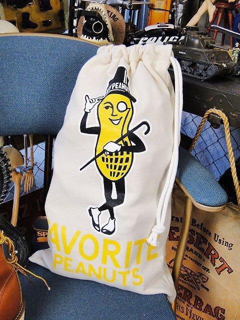 (I LOVE樂多)日本進口 MR.PLANTERS 花生先生 束口袋 手提袋 隨身包 鞋袋 運動袋