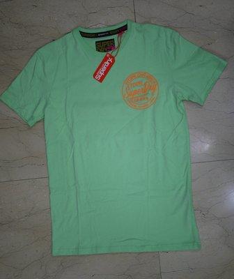 現貨全新正品極度乾燥Ticket Type Box Fit男淺綠T恤/寬鬆版~S(L)、M(XL)