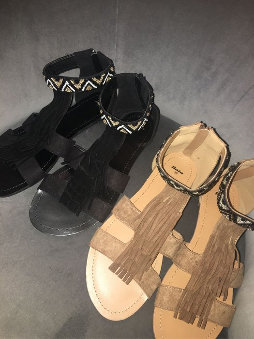 """@@@出清-- 新貨上架""""歐洲大牌Bata涼鞋size:39鑲珠珠"""