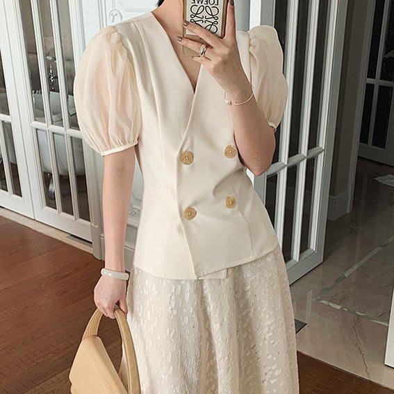 ACHIC┼復古歐風 透紗蓬蓬公主袖 襯衫上衣~少女奶油色,黑天鵝