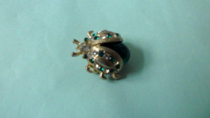 紫色小館9-------金龜胸針