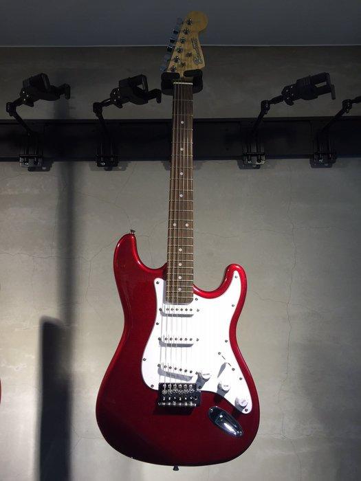【六絃樂器】全新精選 Bensons ST型 紅色小搖座電吉他 / 現貨特價