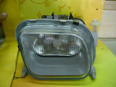 冠勝車材 賓士 BENZ W210 95~99年 霧燈