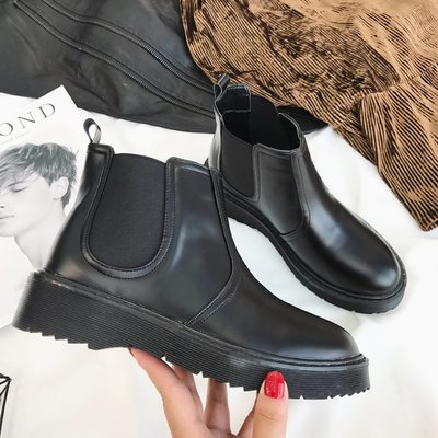 切爾西短靴女2018新秋冬厚底復古馬丁靴女英倫風粗跟加絨單靴裸靴