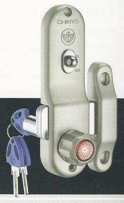 青葉牌鋁門鎖 HCS002d 767三代鋁門鈎鎖 橫拉門用 1000型 鎖管長52mm 卡巴鑰匙