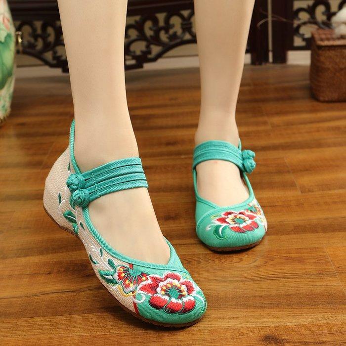 夏季新款民族風繡花鞋子低幫女鞋舒適透氣牛筋底中國風繡花布鞋女