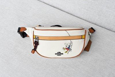 【Woodbury Outlet Coach 旗艦館】COACH 3747 迪士尼合作款 腰包 胸包美國代購100%正品