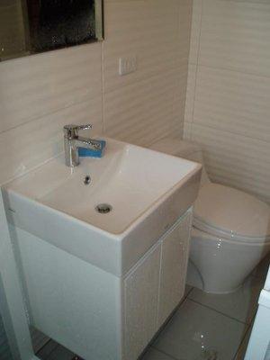 TOTO優惠 臉盆 浴櫃組 L710臉盆+710專用櫃+TLS03301PA單槍無鉛龍頭