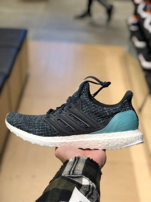 more photos 0b8ac fc40c 【Cheers】 Adidas Ultra Boost x parley 海洋 環保材質 聯名限量鞋款 CG3673-Yahoo奇摩拍賣