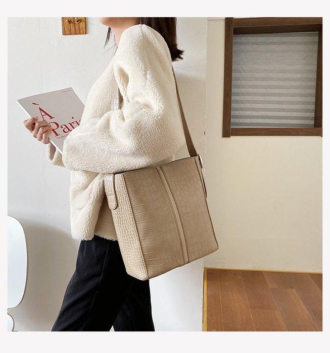 FINDSENSE X 韓國 女士 時尚 簡約 百搭 水桶包 子母包 小方包 單肩包 斜挎包