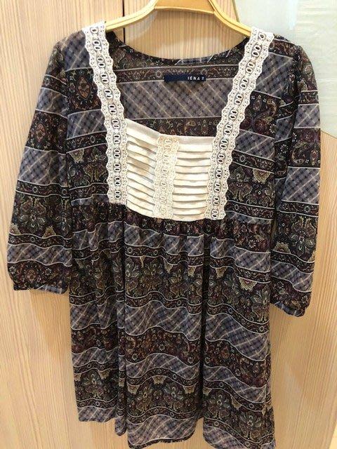 小花別針、專櫃品牌【IENA】寬鬆雪紡上衣洋裝