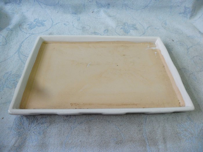 紫色小館38--------早期陶土水盤{長方形}白色