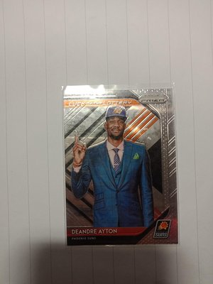 2018-2019 Deandre ayton prizm luck of the lottery rc