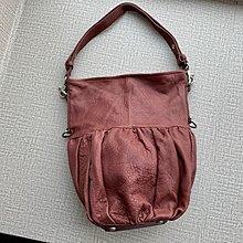 德國 Castelo de Barco 紫紅色羊仔皮 單咩袋 ($390 包順豐)