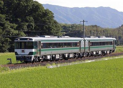 [玩具共和國] TOMIX 98087 JR キハ185系特急ディーゼルカー(復活国鉄色)セット (2両)