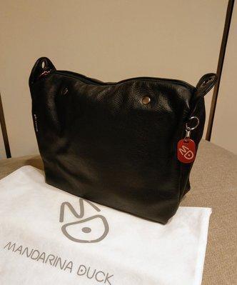 全新義大利鴛鴦 Mandarina Duck Mellow leather 黑色醇厚牛皮大方包 手提包 肩背包 斜背包 皮包