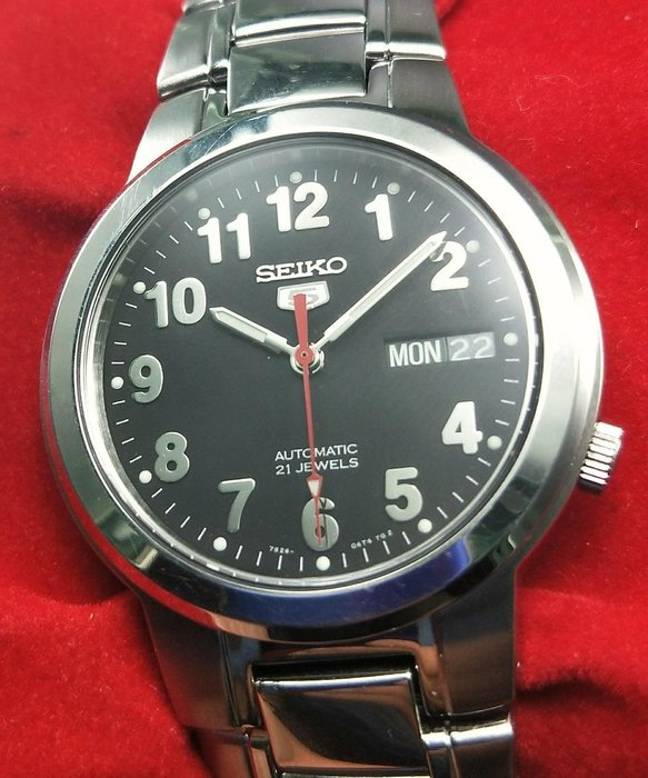 OQ精品腕錶   精工5号自動錶玻璃鏡面不含龍頭37MM9成5新