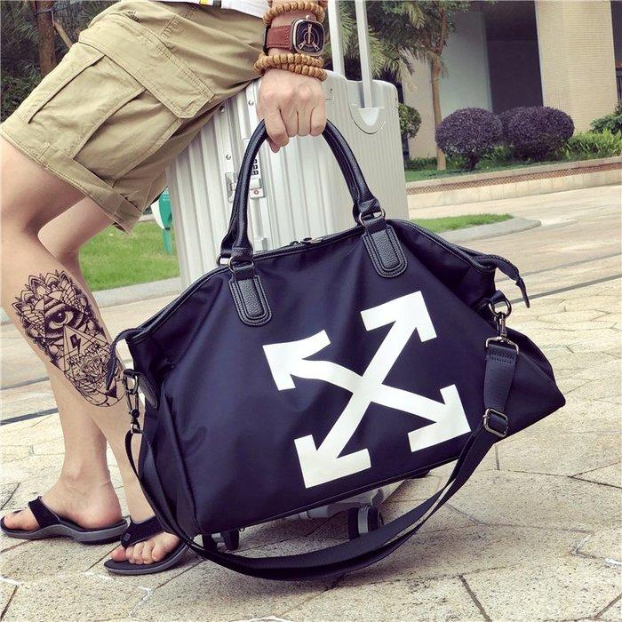奇奇店-防水布旅行包男女登機包手提短途行李袋大容量旅游包潮運動健身包#時尚經典 #耐磨 #抗皺 #防水 #男女通用