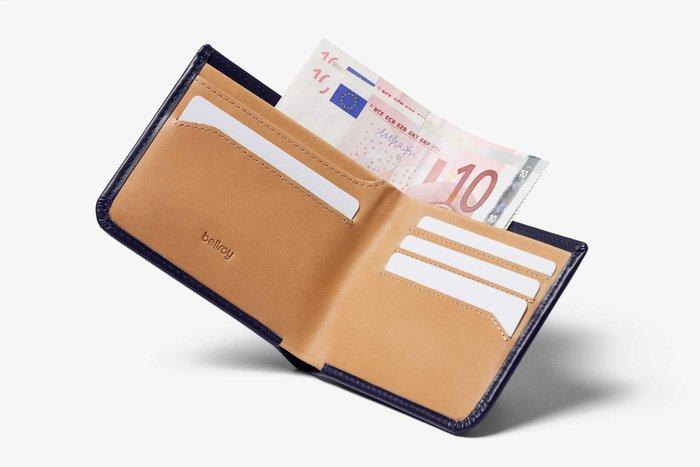 【Bellroy】三年保固,澳洲時尚皮夾現貨,9.5cm高RFID電子防盜款,海軍藍HIDE & SEEK,保證正品