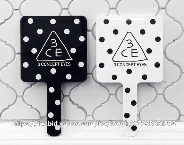 Buy Me 3ce 最新 化妝鏡 可愛圓點個性化妝鏡 (小款)   現貨出清$150 黑白各一 賣完不補