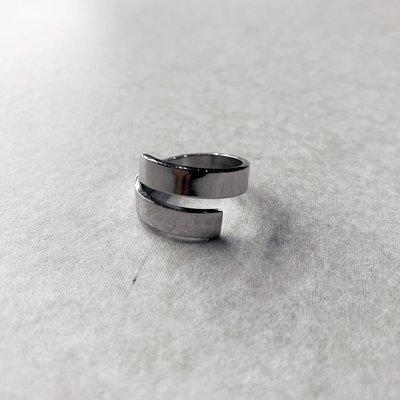 【inSAne】訂製款 / 膠條 / 戒指 / 飾品 / 可調整 / 單一尺寸 / 銀色
