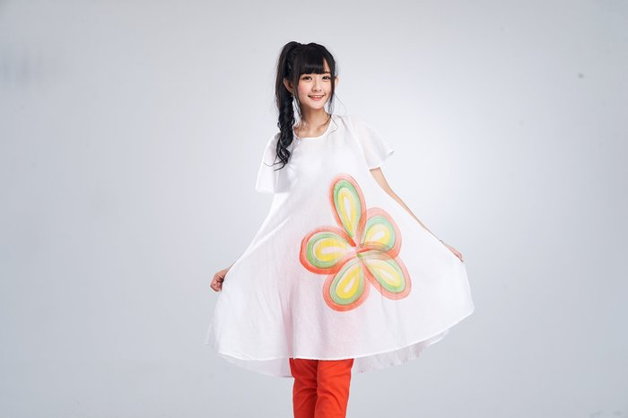 !!((中國藍Anewei))手繪自然風米白純棉短袖洋裝/長衫~F最後一件~