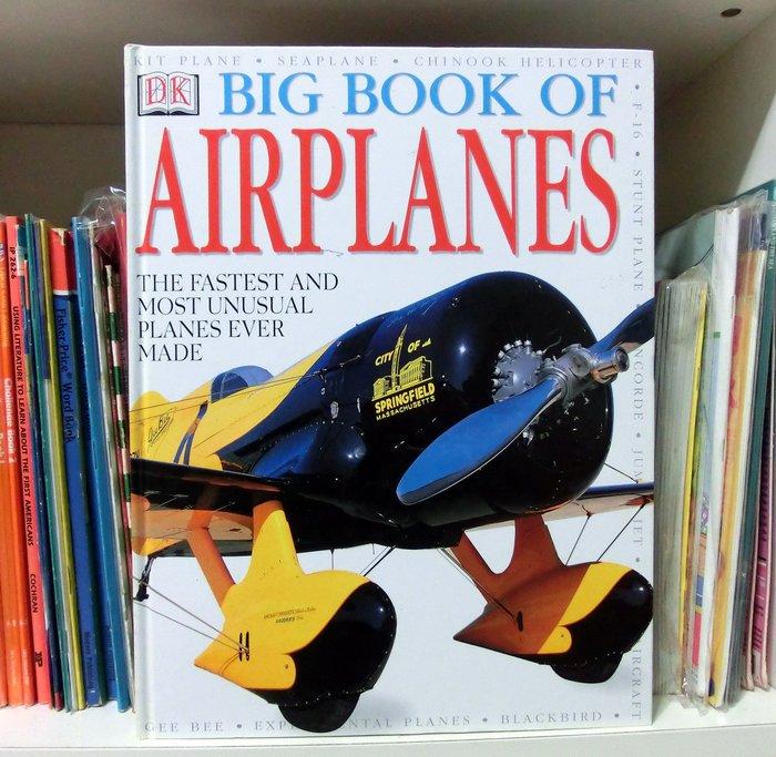 *【兒童英語繪本】*小pen~BIG BOOK OF AIRPLANES 有關飛行器的 [ 大 ] 繪本