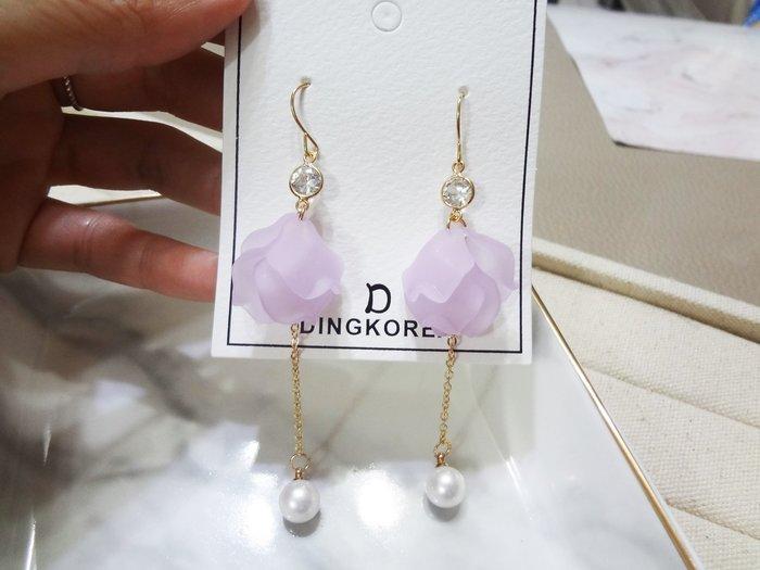 【Love Trina】8141-0618。 一般針。紫色花片葉子垂墜耳勾式耳環--一般針(1色)