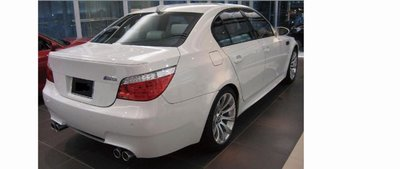 DJD19050424 BMW E60 M5樣式 後保桿 素材 PP材質 密合度超優