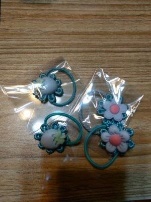 小禎ㄟ雜貨 莉卡娃娃 髮圈 客訂下標 4個60元( 薇琪 可兒 珍妮 可用)