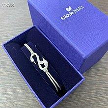 SWAROVSKI 銀色天鵝手環。