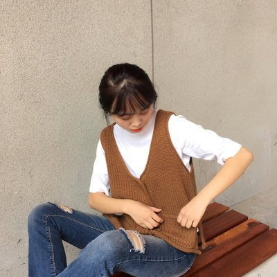 【Q比花園】 C復古學院風毛衣排釦針織背心