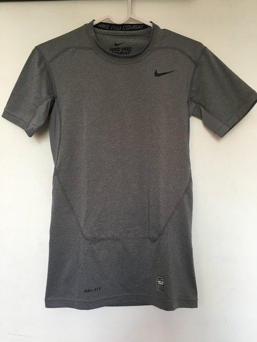 NIKE PRO COMBAT 緊身衣 短袖 保暖 重訓 健身 籃球 慢跑 灰色 全台熱銷款 449792