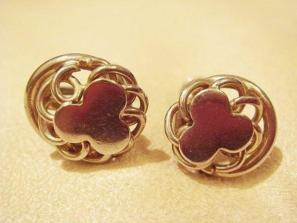 賣家珍藏,全新美國帶回復古金色栓式耳環,低價起標無底價!本商品免運費!