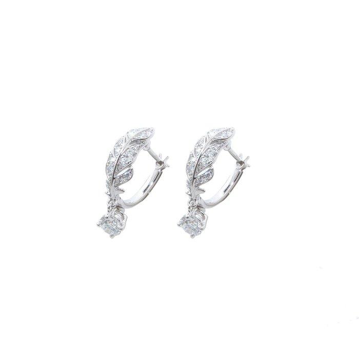 【JHT金宏總珠寶/GIA鑽石專賣】天然鑽石耳環/材質:18K(JB51-A21)/附證