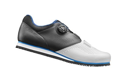 GIANT 捷安特 PRIME 自行車專用硬底鞋(Boa旋鈕) 第二代全新上市