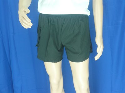 W軍品小舖 黑色短褲 酷夏的必需品 運...