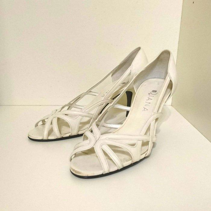 DIANA日本製 白色中高跟涼鞋 24號 真皮