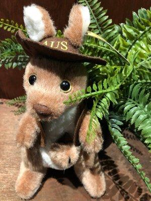澳洲袋鼠娃娃(牛仔風格)-澳洲製作-此款有音樂唷