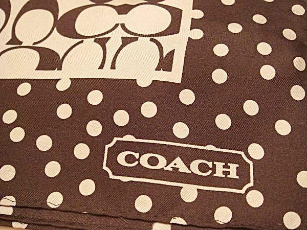 破盤清倉大降價!全新美國品牌 COACH 經典黑白 LOGO 絲巾領巾方巾,低價起標無底價!本商品免運費!