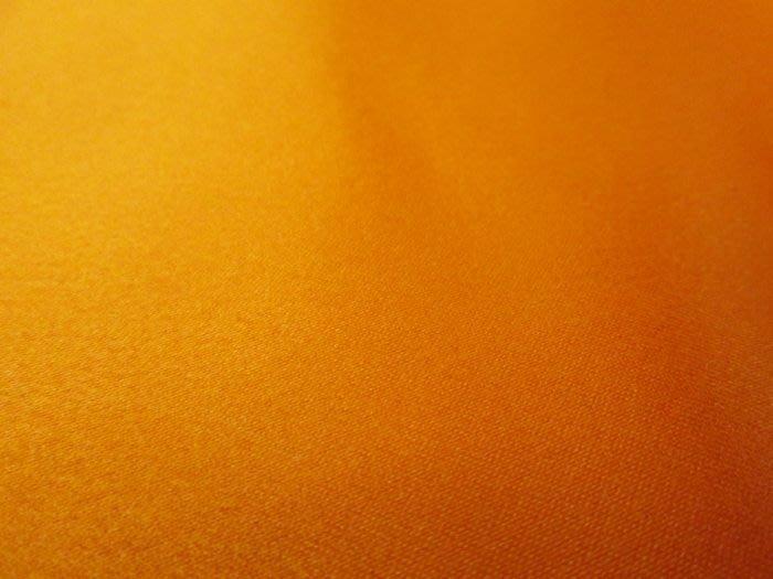 七三式精品公社之橘色新娘緞布(抱枕桌巾布幕印刷圖案訂做中ㄛ!)
