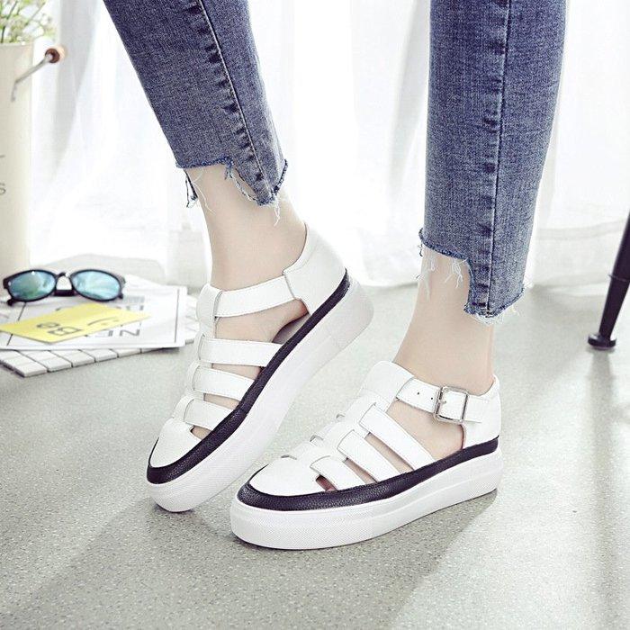 『紫藤花園』洞洞透氣鏤空真皮小白鞋女2020夏新款百搭學生平底羅馬涼鞋休閒SD