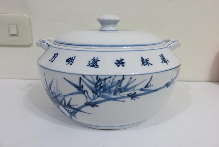 【讓藏】早期收藏陶瓷製手繪青花金門陶瓷汽鍋,白瓷製,漂亮美品,約23*22.5*15