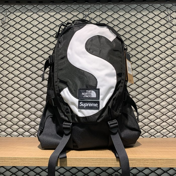 【MASS】Supreme x TNF S Logo Expedition Backpack 背包