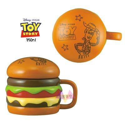 叉叉日貨 迪士尼玩具總動員胡迪插畫漢堡馬克杯350ml附蓋子盒裝 日本正版【Di46282】