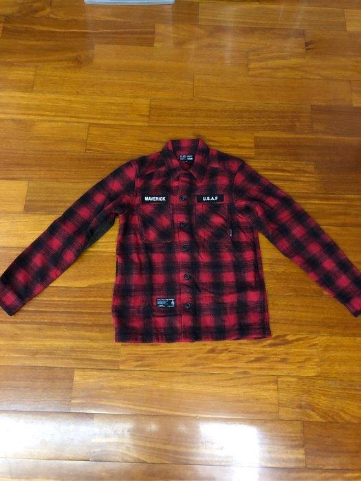 (嘻哈姐弟) iZZUE 毛料襯杉型格紋外套二用穿 穿過1次 M號 9.5成新 黑+紅色 100%正品 買時超貴