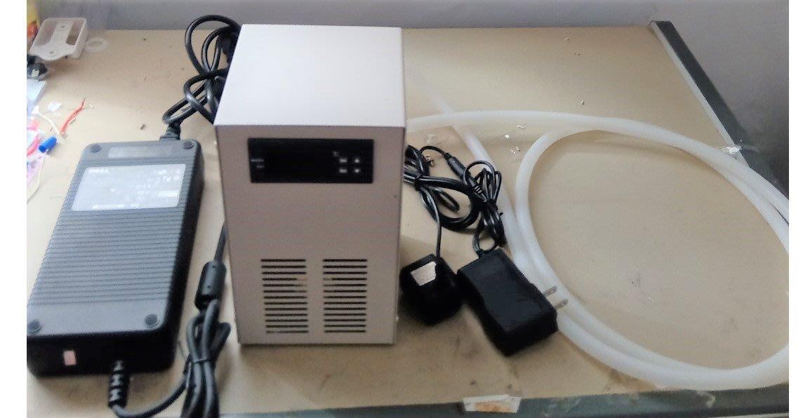 AC110~240V 整機型20L(72W)水族箱用水冷機(包含冷水機,變壓器,抽水馬達,矽膠管)